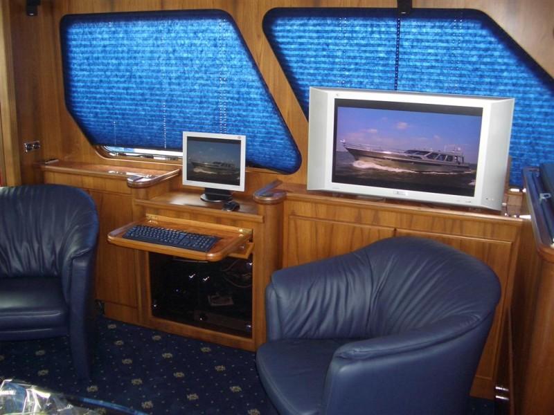 https://smelne.nl/wp-content/uploads/2012/08/interieur-II-Large-964x600.jpg