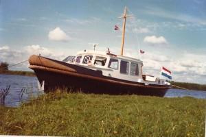 1980 Veenje sleepkotter
