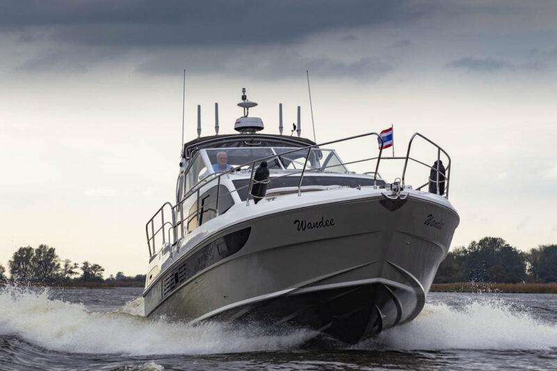 https://smelne.nl/wp-content/uploads/2021/06/18-Haines-400-Continental-Fast-185-964x600.jpg