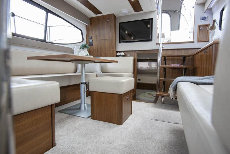 https://smelne.nl/wp-content/uploads/2021/06/18-Haines-400-Continental-Fast-87-964x600.jpg